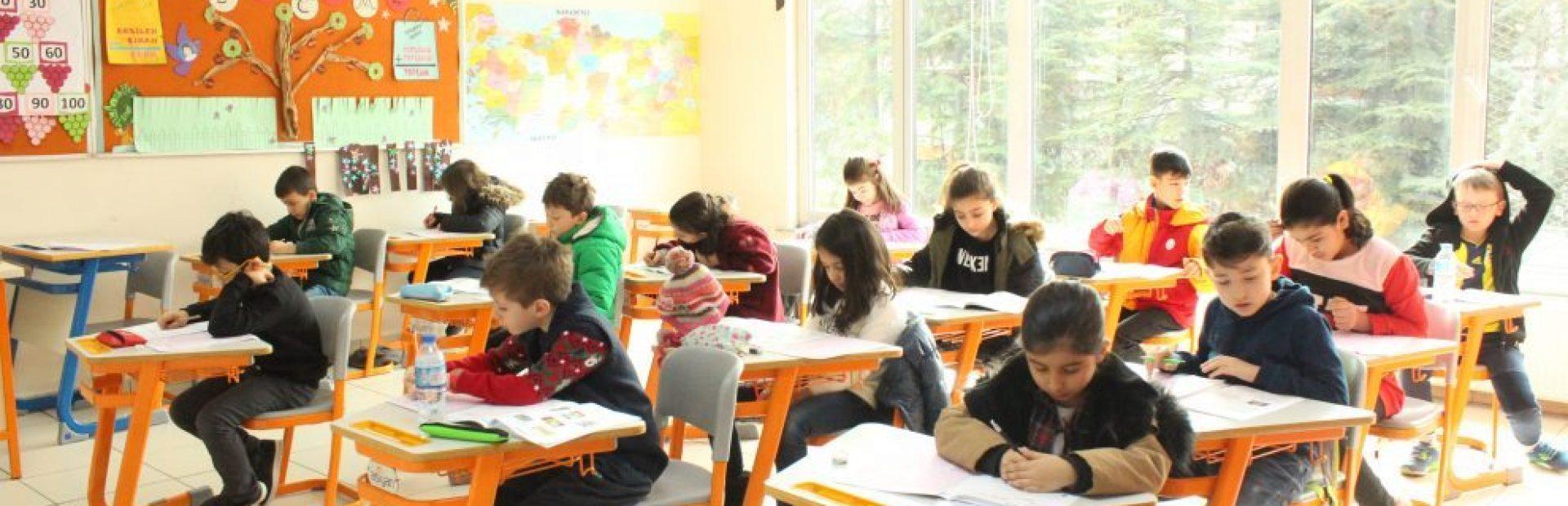 Aşiyan Kolejinde Bursluluk Sınavı
